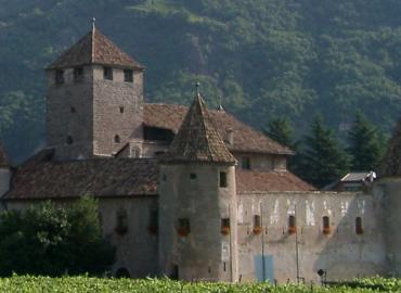 Castel Mareccio tra storia e leggenda del fantasma di Clara