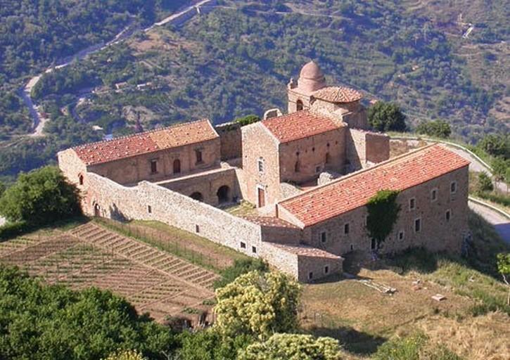 Il monastero nel Medioevo: centro di spiritualità e diffusione del sapere