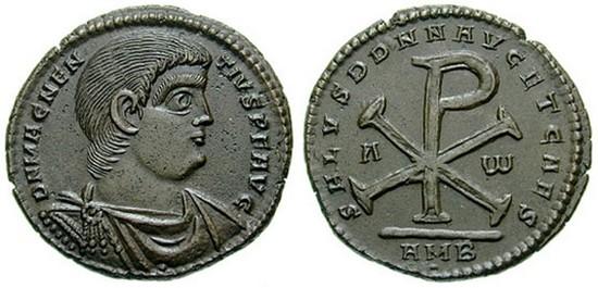 Moneta di Magnenzio (350-353) recante al rovescio il Chrismon. Magnenzio fu un usurpatore del titolo imperiale romano. Regnò su di un territorio corrispondente a gran parte dell'Europa occidentale.